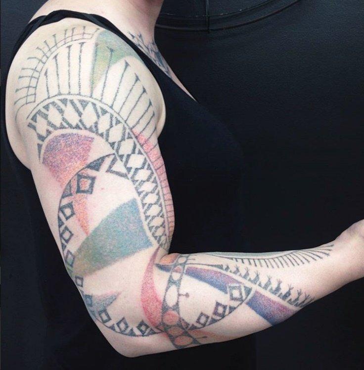 Kristina-Handpoke-Tattoo-Style